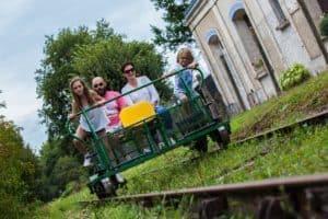 Le vélorail à l'approche de Manot / Crédit Yoann Bonnet - Pays de Charente-Limousine