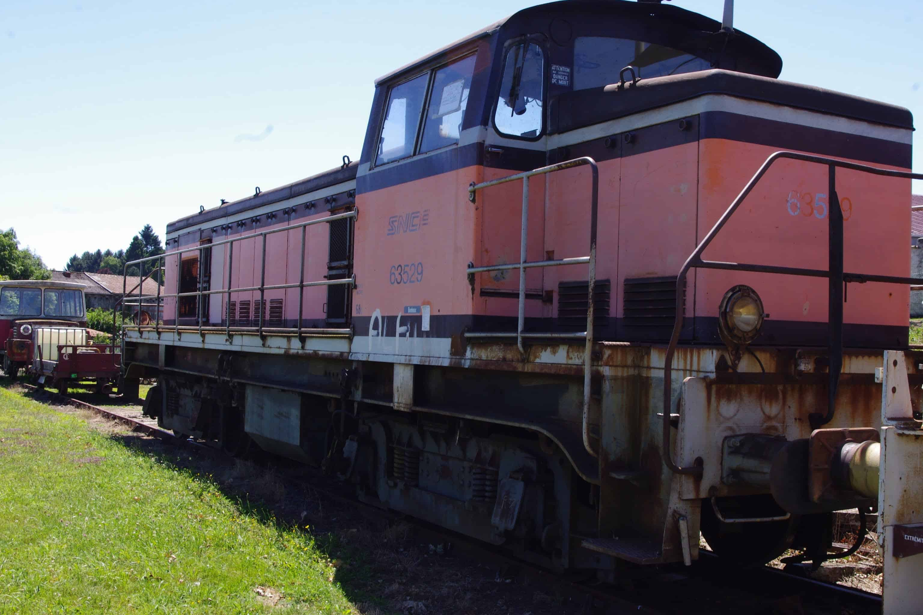 locomotive BB63529