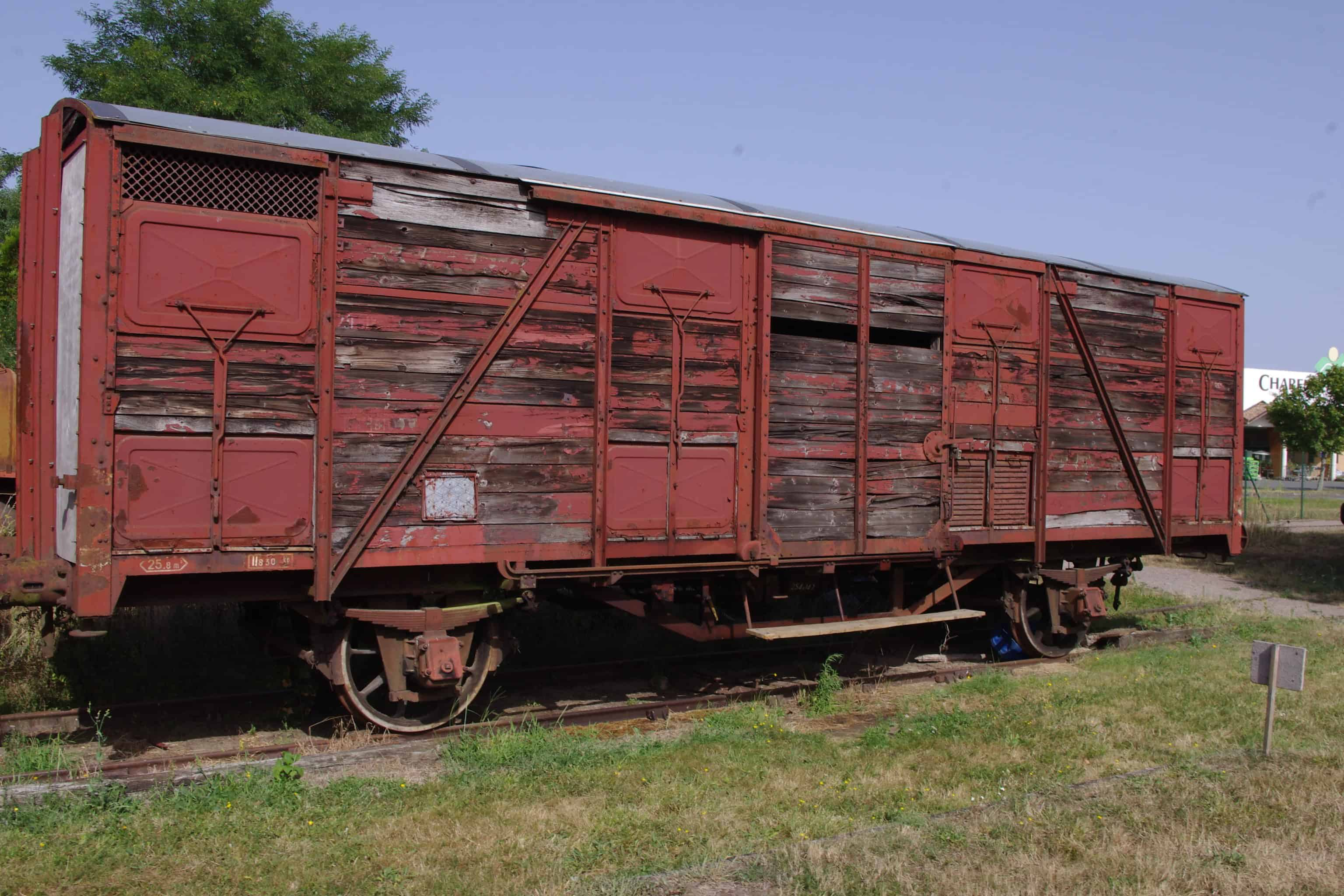 Wagon fermé